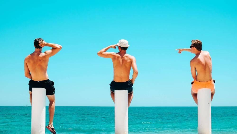 muškarci-kupaći-kostim-plaža